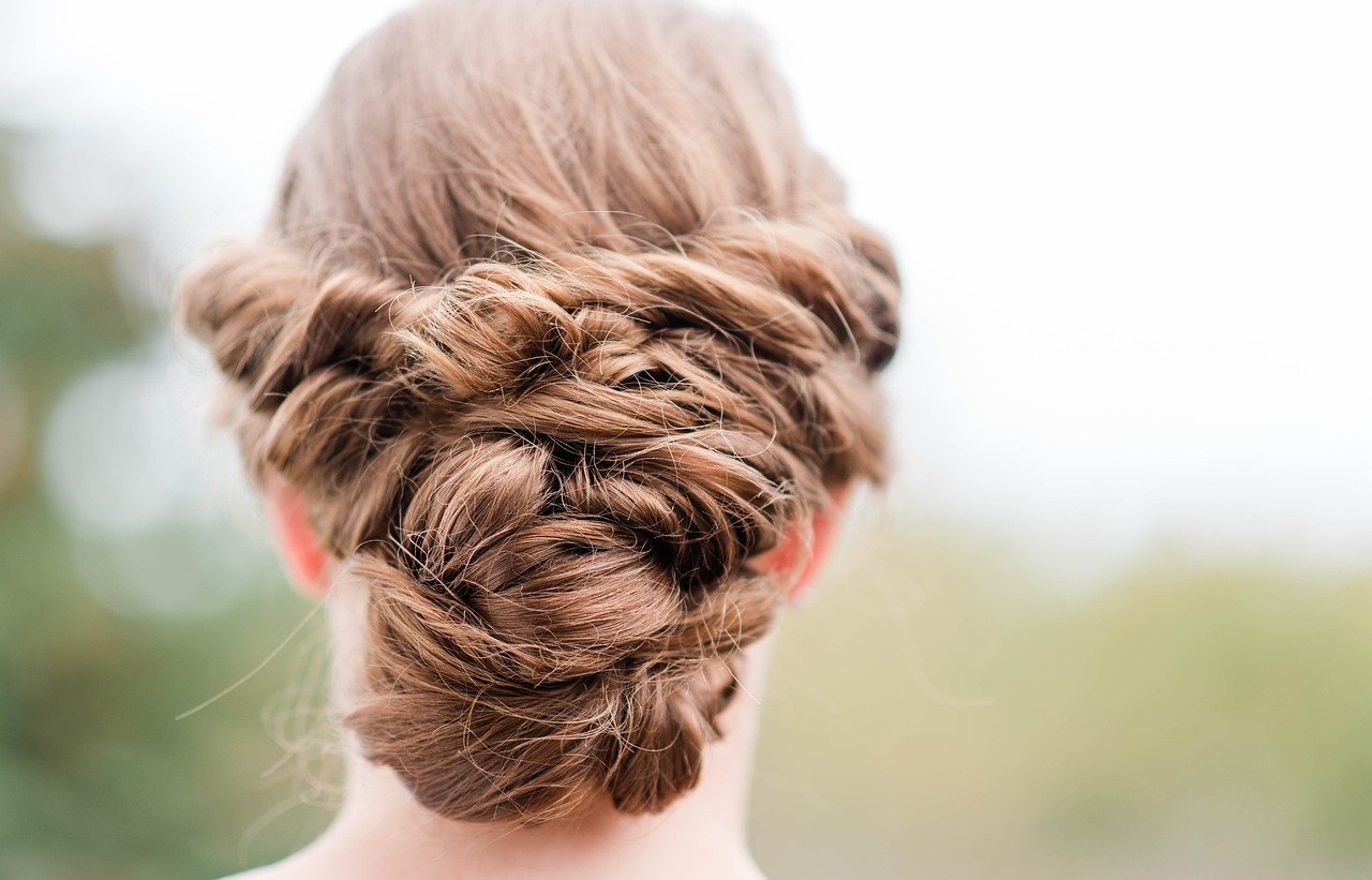 How Bridal Veils are Linked with Bridal Hair?