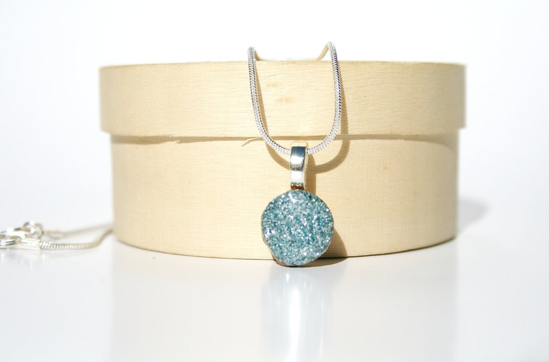 4 Factors To Consider When Shopping for Jewellery Online