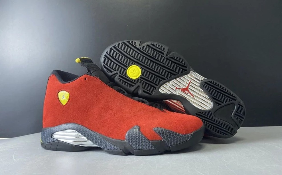 An Overview About The Ferrari 14s Red